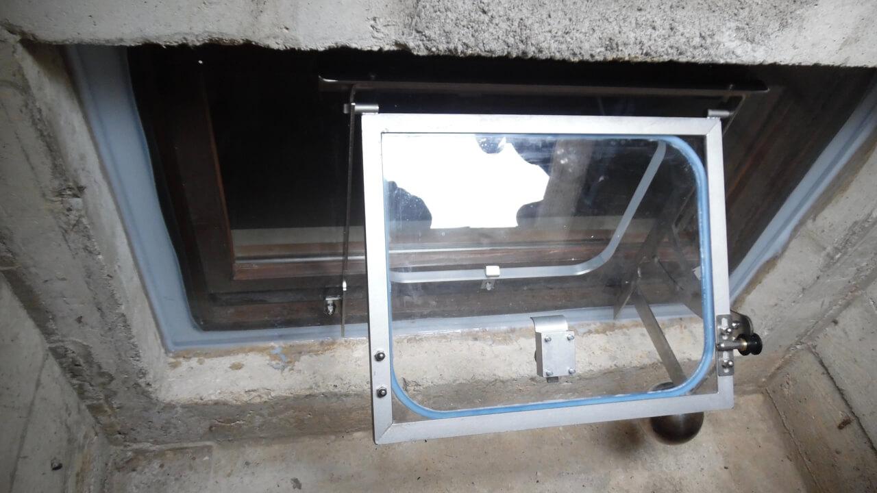 Hochwasserfenster: Halbautomatik