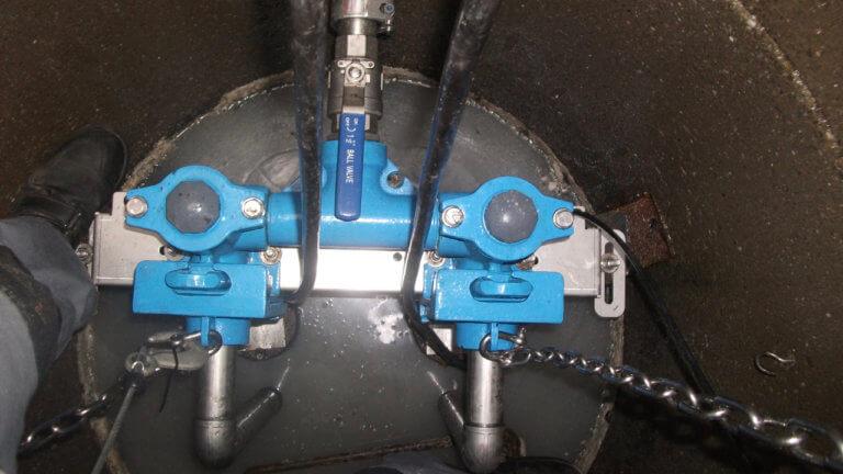 Pumpenanlage, Doppelpumpenanlage in Betonschacht
